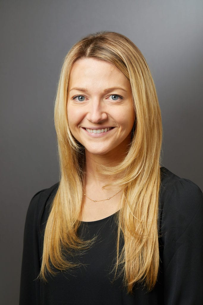 Sara Perkins dermatologist |Retinol vs Retinoid by popular LA beauty blog, Tea Cups and Tulips: image of Sara Perkins dermatologist.