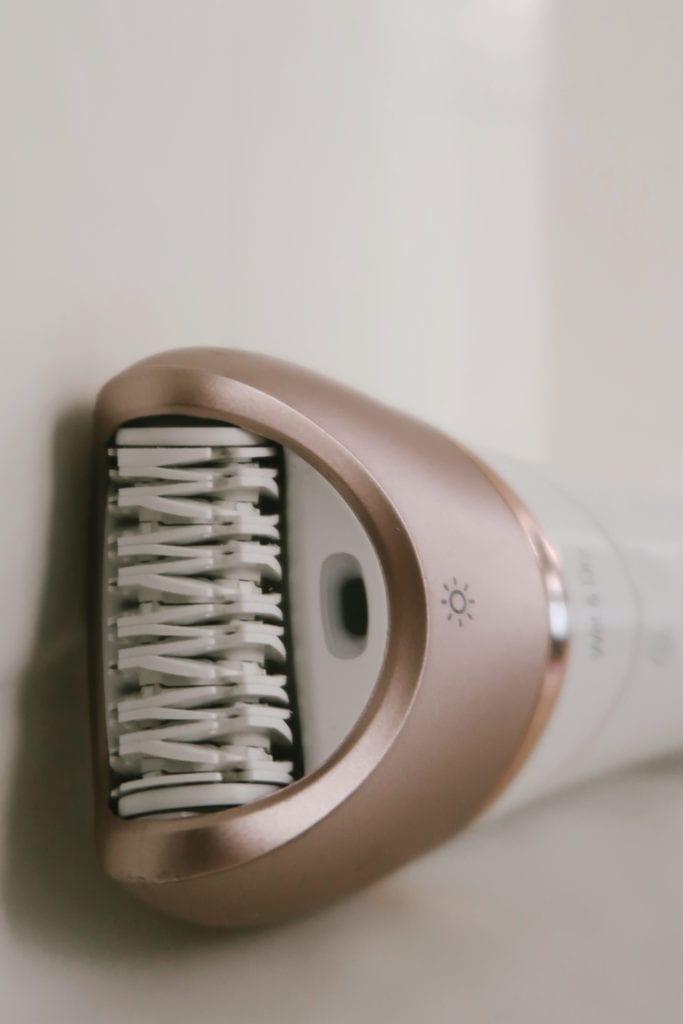 Epilating vs shaving   Epilating by popular LA beauty blog, Teacups and Tulips: image of a Philips epilator.